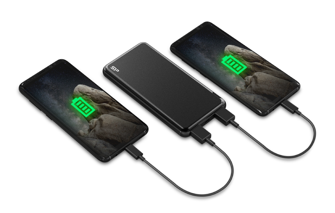 Cell M100 An On-The-Go Power Boost